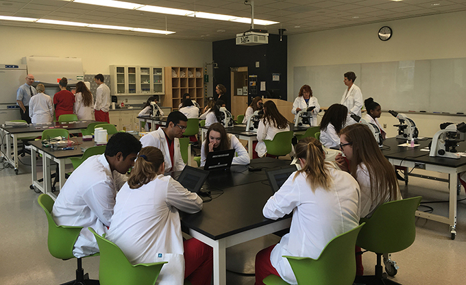 Local Students in Discovery Hall wet lab